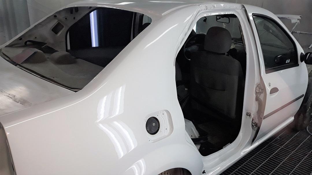 reparatii tinichigerie vopsitorie auto logan plafon avarirat