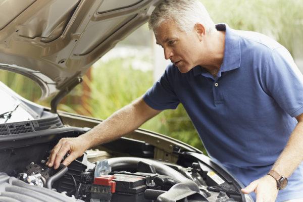 verificarea uleiului auto