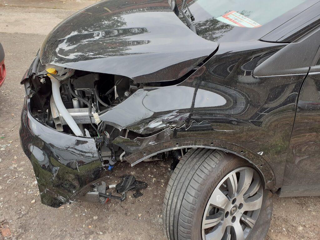 Renault-Captur-Reparatie-Tinichigerie-Vopsitorie-Auto